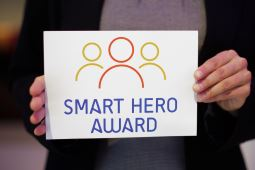 Smart Hero Award Logo